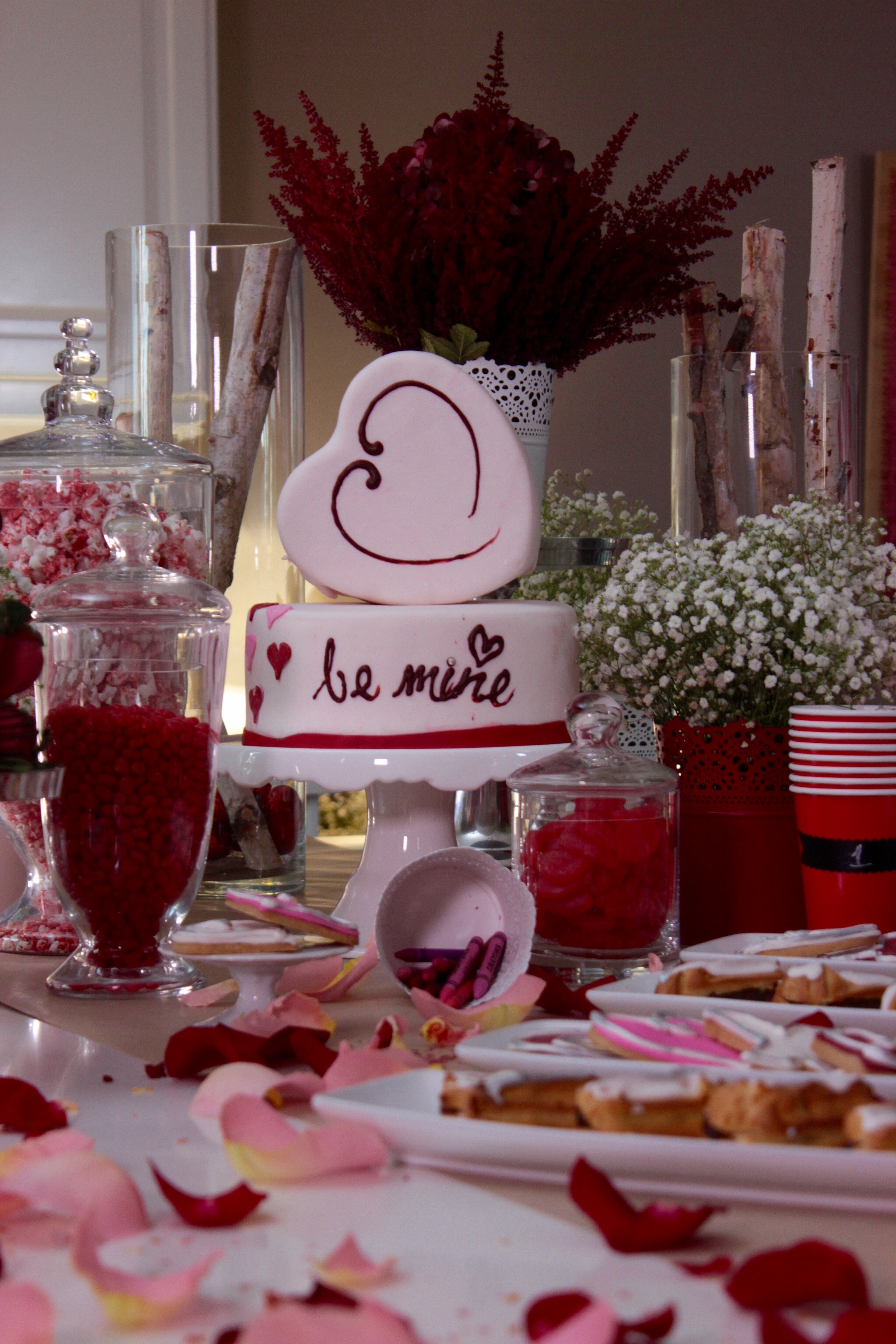 Adjoa's centrepiece on her beautiful sweet table